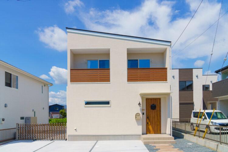 #18 ナチュラルかわいい白い塗り壁のお家♪